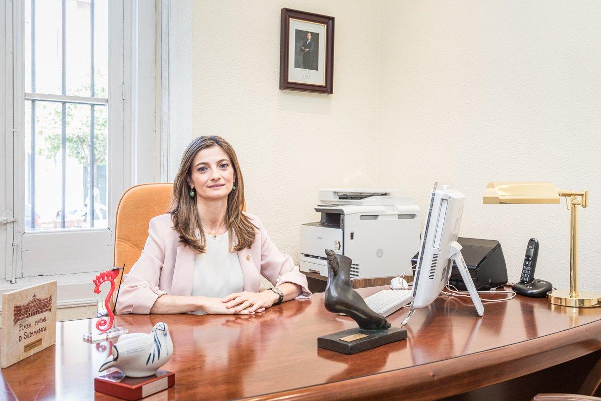 Elena Carrascosa asume la Presidencia del Consejo General de Colegios Oficiales de Podólogos